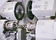Drehräumen Von Kurbelwellen / Crankshaft Turn-Broaching / Точение коленчатых валов