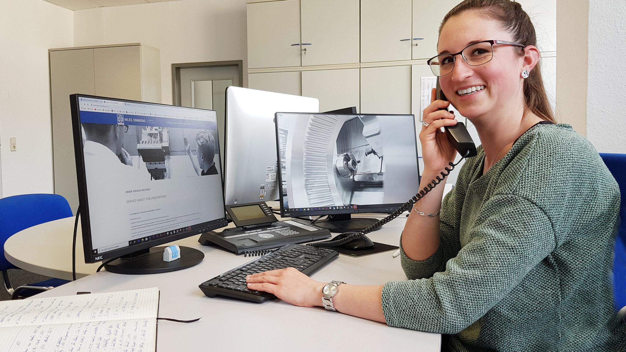 Werkzeugmaschinen Service: Hotline 24/7
