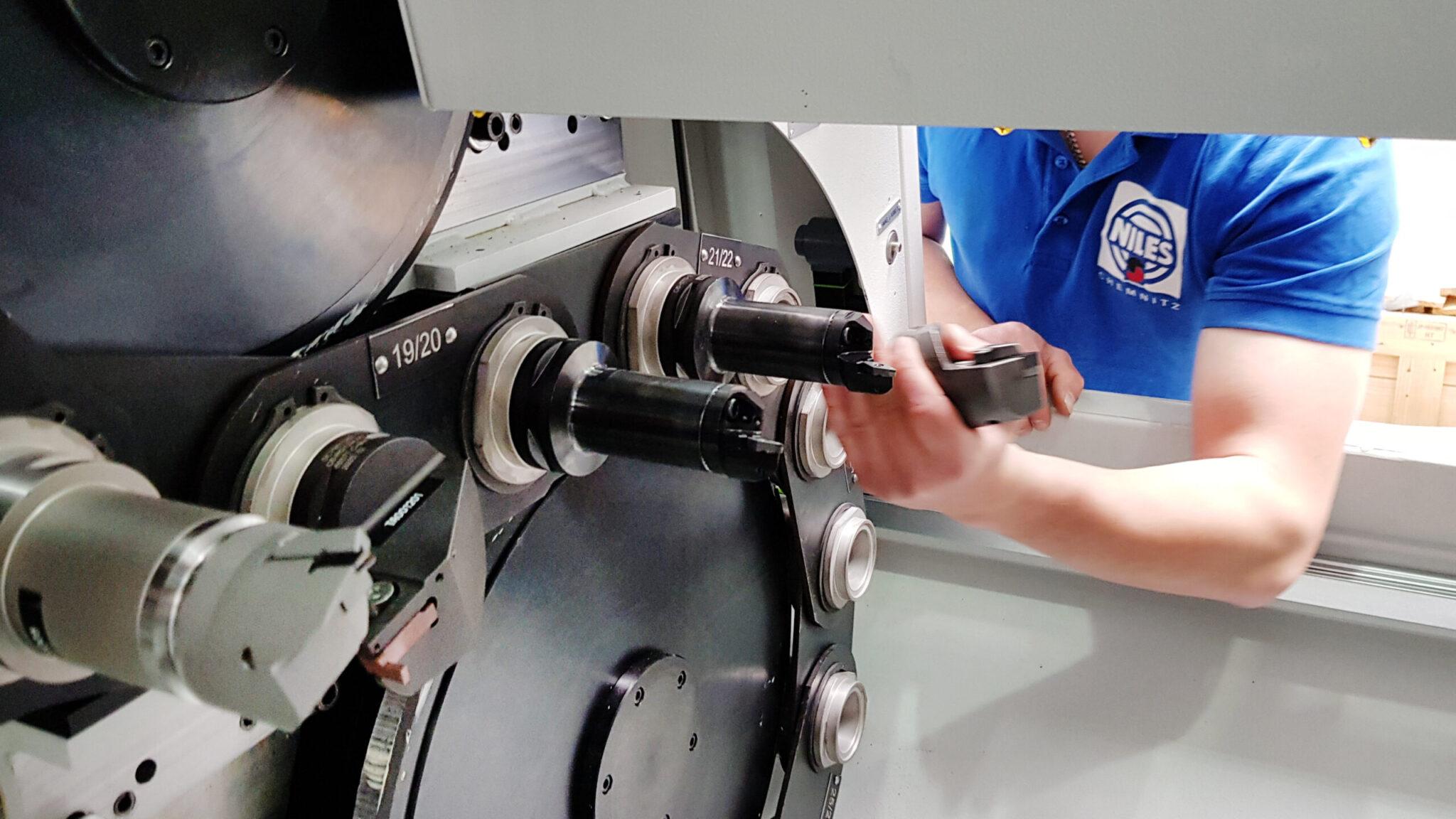 Werkzeugnaschinen Service: Retool