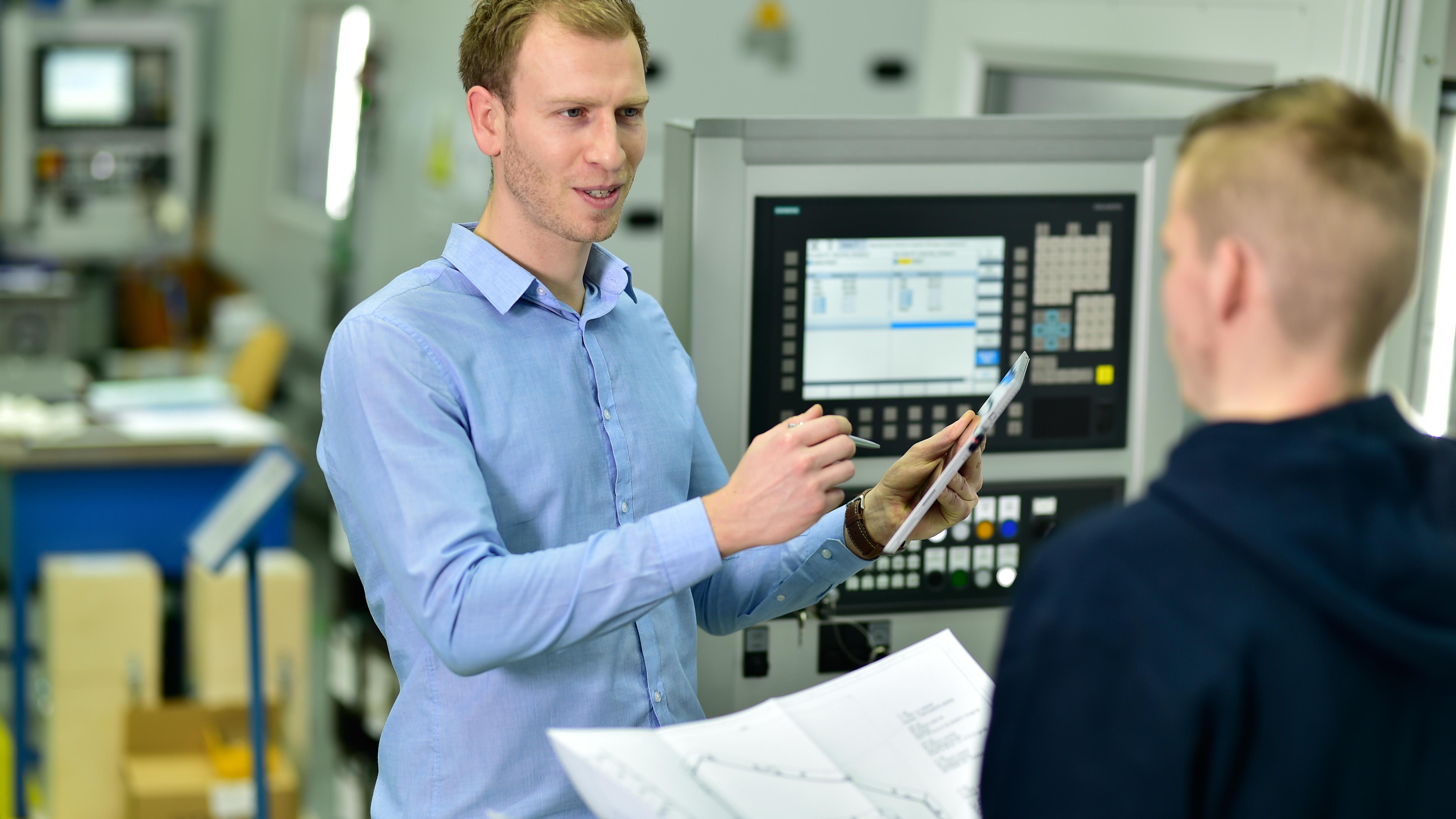 Werkzeugmaschinen Schulung: Bedienung, Instandhaltung Elektrisch